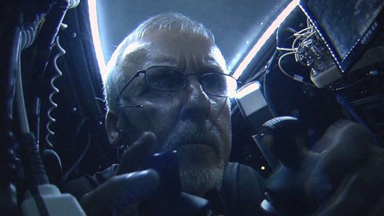 James Cameron nel sottomarino