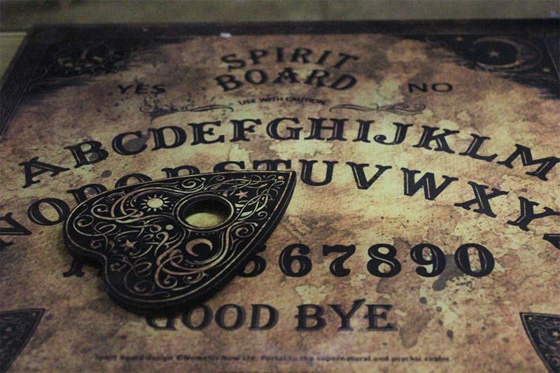 Tavola Ouija planchette