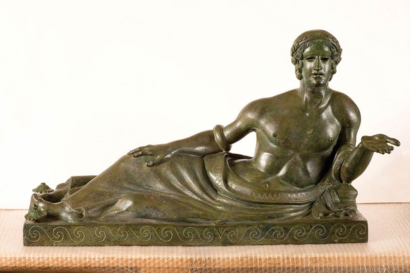 Statua etrusca bronzo