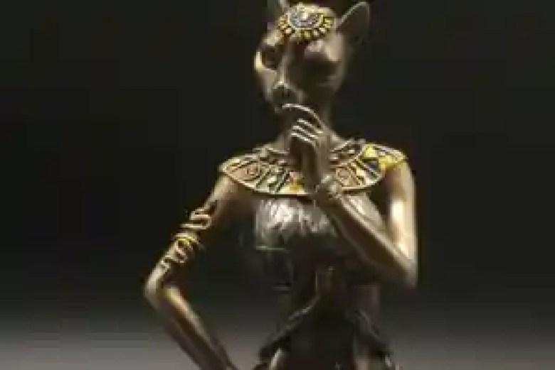 Statua dea egizia Bastet