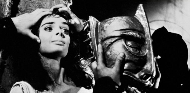 Barbara Steele maschera del demonio