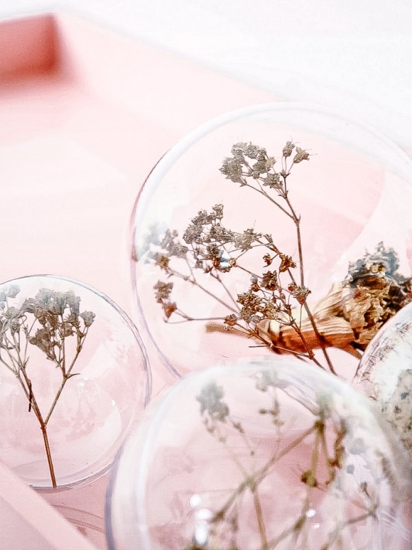 Diy Dried Flower Christmas Ornaments Monsterscircus