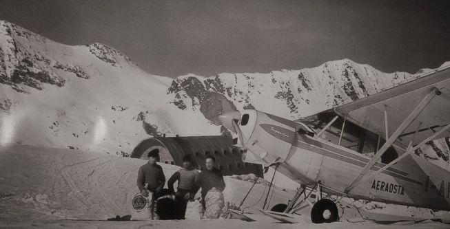 Avion au refuge Victor Emmanuel