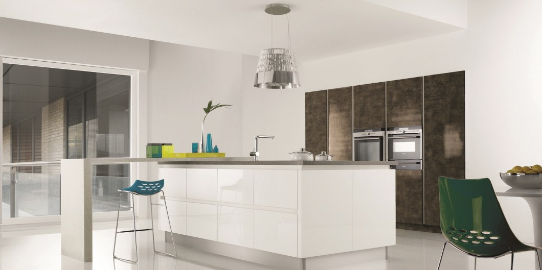 mereway-kitchens-futura-gloss-bronze-and-gloss-white1
