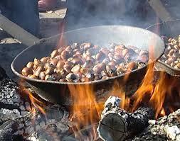 chestnut season in Italy - roasted chestnuts caldarroste