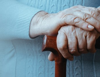 Six Tips for Helping a Loved One with Dementia Move to a New Home