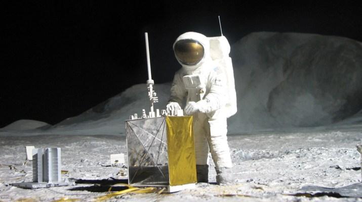 MSN - Movie Review Apollo 11