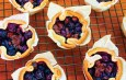 Recipes for Easter Brunch: Mini Blueberry Cholc