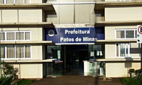 Servidores de Patos de Minas aguardam pagamento dos salários de julho