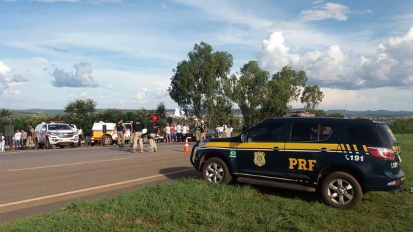 Manifestantes fecham acesso a mineradora Kinross em Paracatu