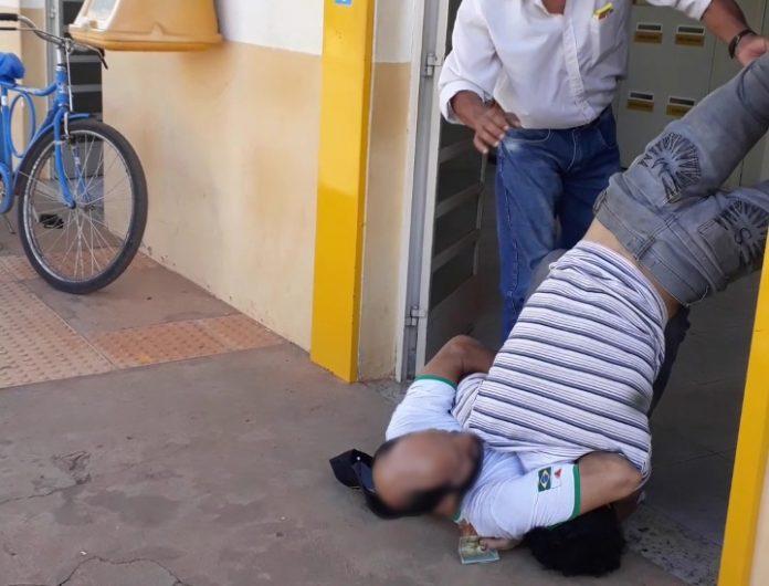 Militar da reserva é xingado e agredido na fila dos correios em Lagoa Grande