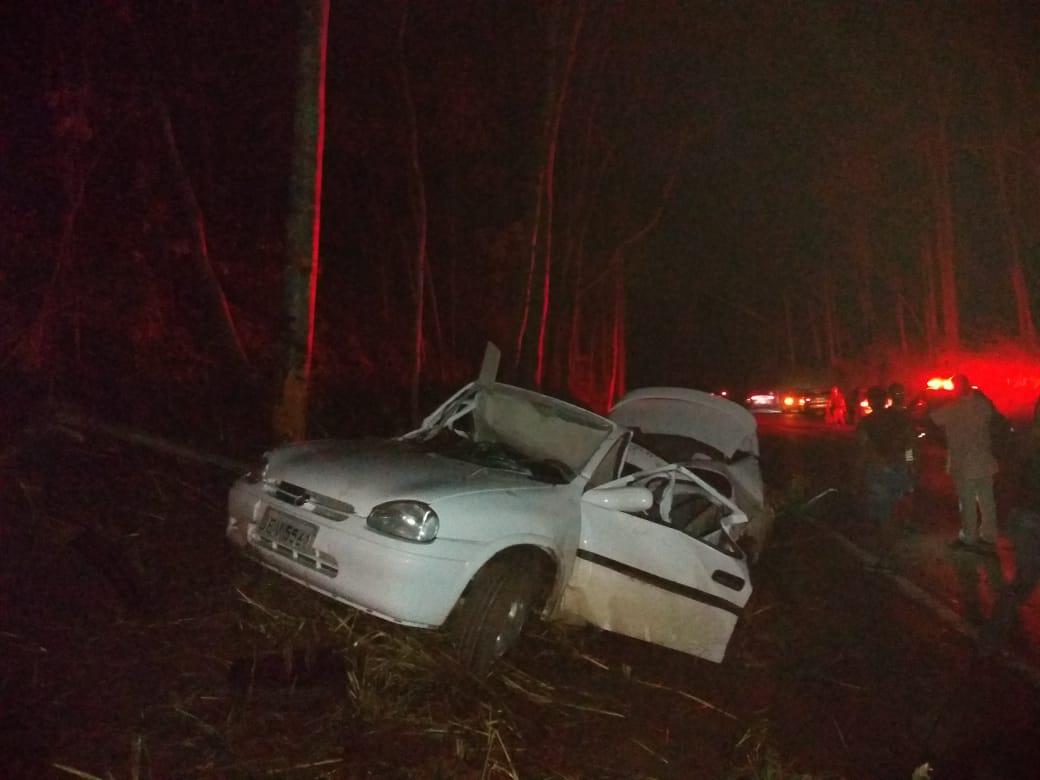 Três pessoas ficam feridas em acidente na Serra do Indaiazinho