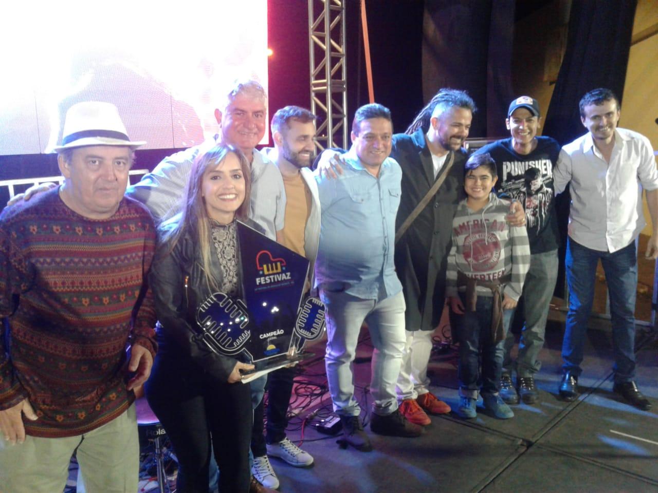 Barbara Rosa vence 14º FESTIVAZ