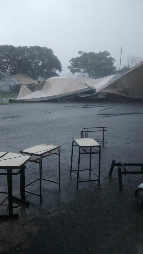Vento forte derruba barraca de festa de religiosa em Claro de Minas