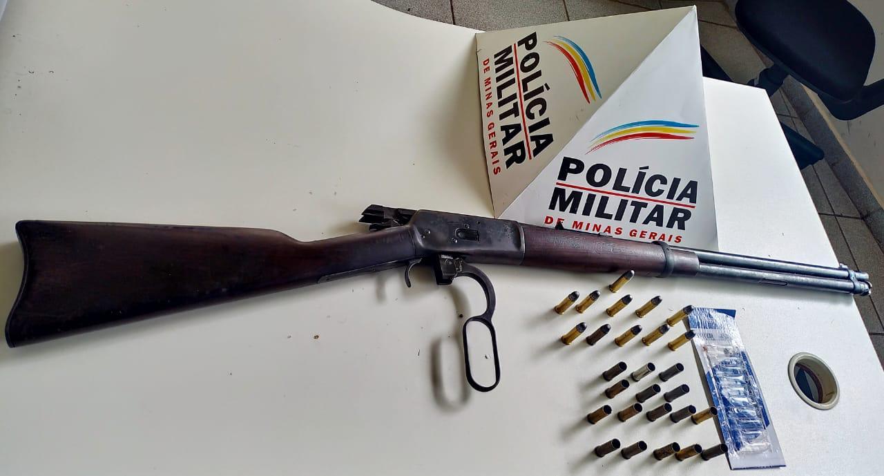 Homem é preso por ameaça e posse ilegal de arma de fogo
