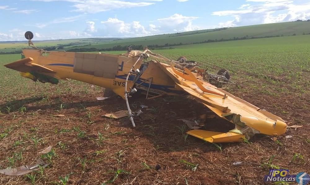 Piloto de aeronave que caiu em Paracatu segue internado; acidente será investigado pela FAB
