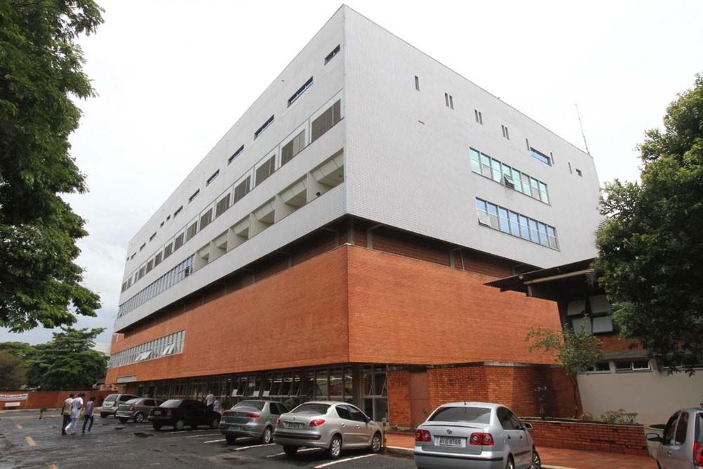 Coronavírus em Uberlândia: jovem com suspeita da doença recebe alta do Hospital de Clínicas da UFU
