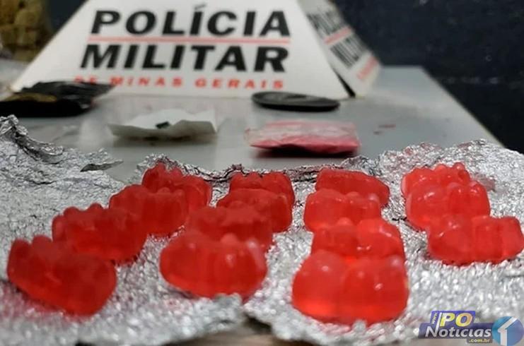 """Droga conhecida como """"Pingo"""" é apreendida em Patos de Minas junto com LSD, Skunk e cocaína"""