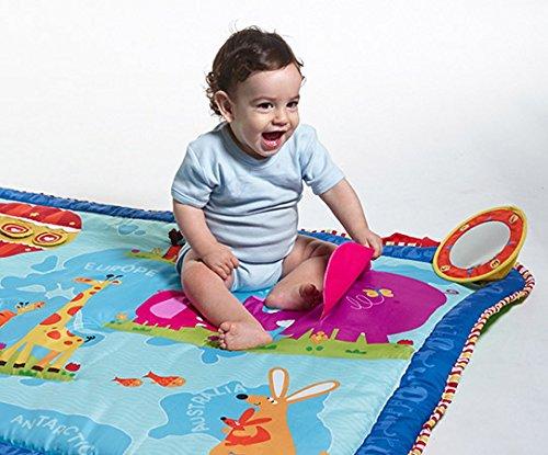 tapis geant carte du monde de tiny love