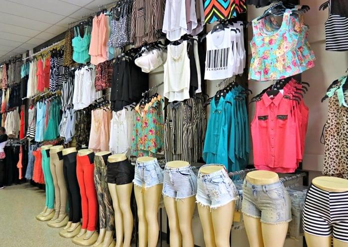 Como montar uma loja peq # Como Decorar Uma Loja Pequena