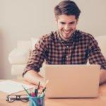 Trabalhar em casa digitando: Como ganhar dinheiro com digitação?