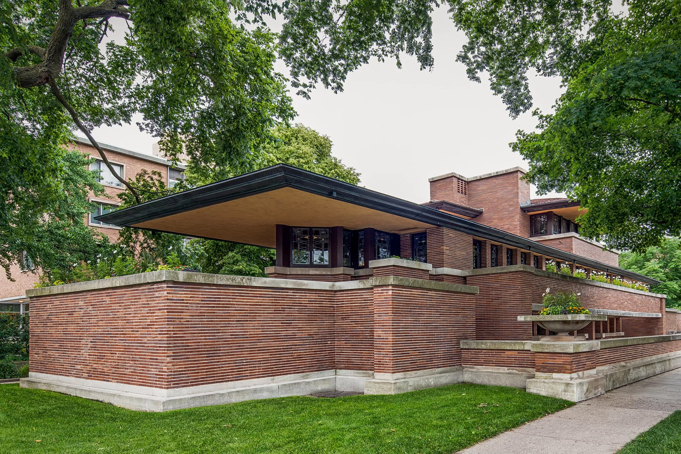 Inside A Restored Frank Lloyd Wright Masterpiece