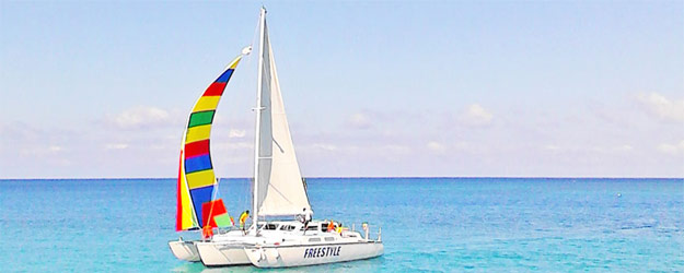 Sailing on Freestyle Catamaran in Montego Bay
