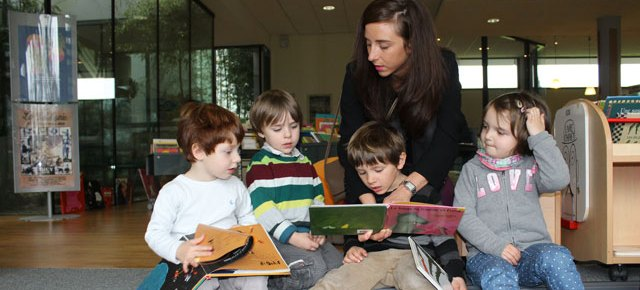 Sortie des maternelles Montessori à la Médiathèque