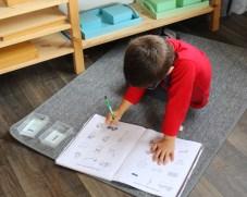 lecture boites couleurs montessori