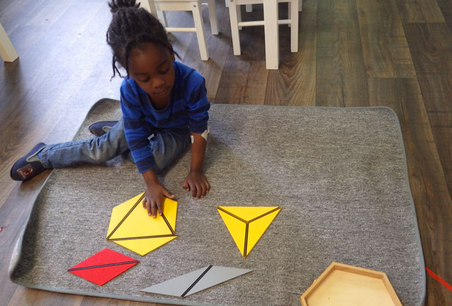 triangle constructeur montessori