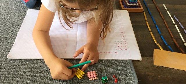 Les carrés des nombres en Montessori