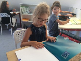english montessori international bordeaux