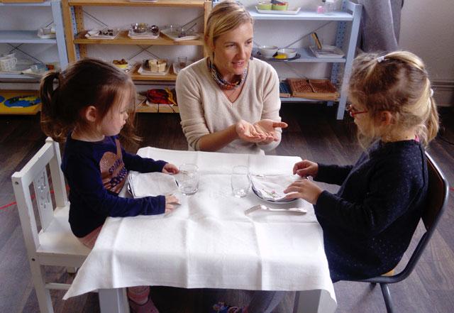 montessori international bordeaux table 2