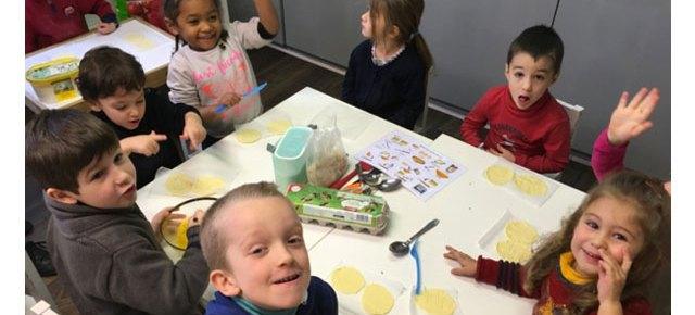 Galette des rois à l'école Montessori #2017