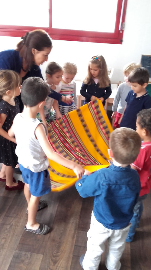 montessori international bordeaux musique perou