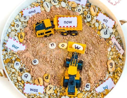 Sight-Words-Digger-Sensory-Tray
