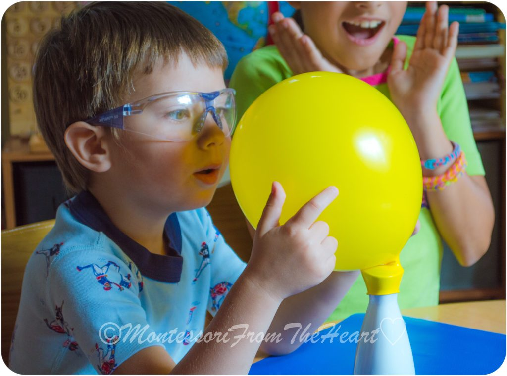 Balloon Baking Soda Vinegar Kids STEM Experiment