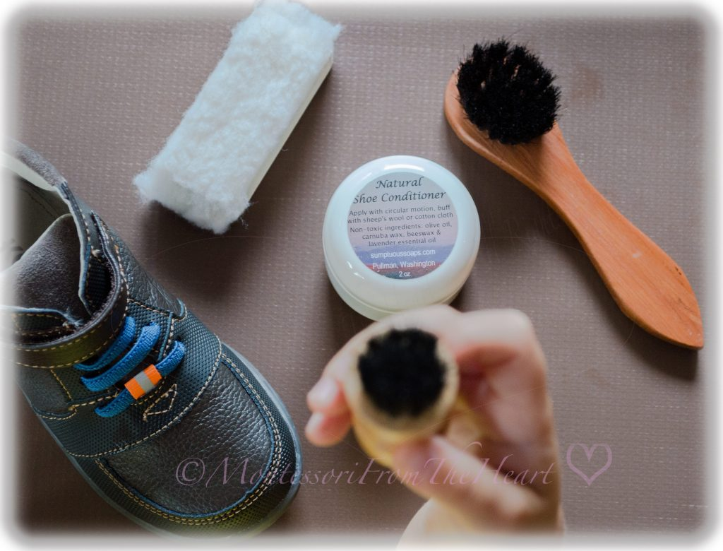 nontoxic-natural-shoe-conditioner-show-polish-child-sized-brush-applicator- buff-cloth