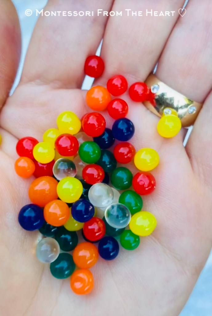 GIANT WATER BEADS growing