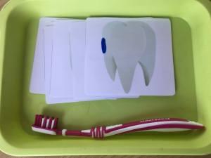 zuby, kefka, čistenie