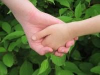 hands-263341_960_720