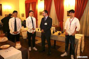 Il presidente Pro Loco Chimenti Alessandoro si complimenta con gli studenti per la loro impeccabile presenza.