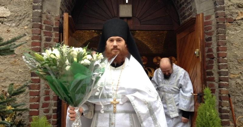 Настоятель Серафимовского храма в Монжероне удостоен права  ношения палицы