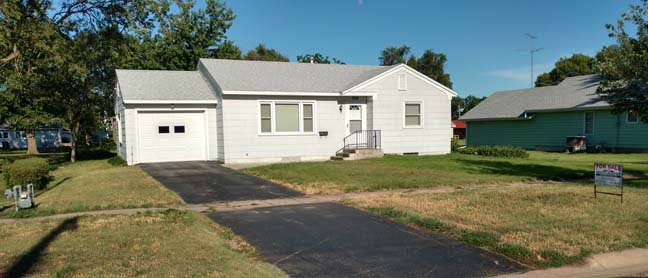 NEW LISTING! Jefferson Street, Red Cloud, NE