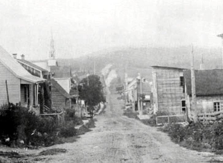 Rue de l'Église 1903
