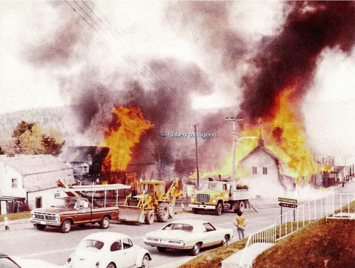 Incendie sur la rue Principale