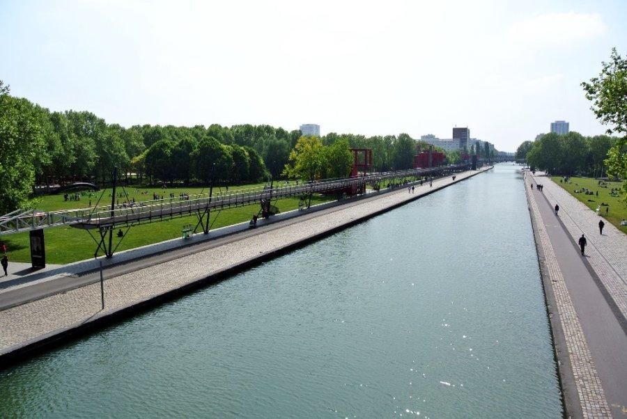 Le canal vers l'ouest