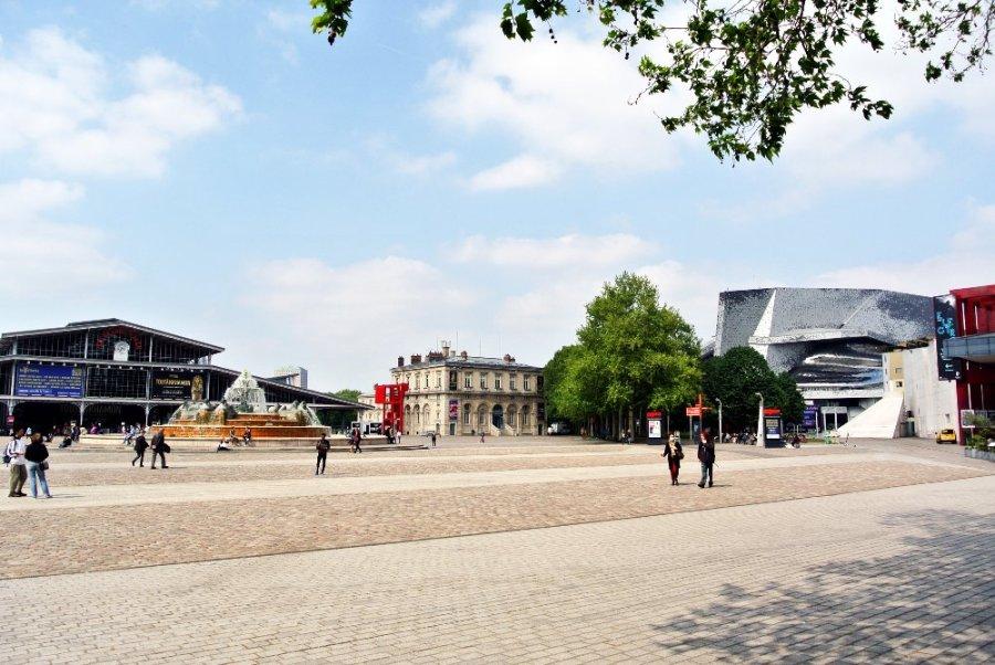 L'entrée principale du Parc de la Villette