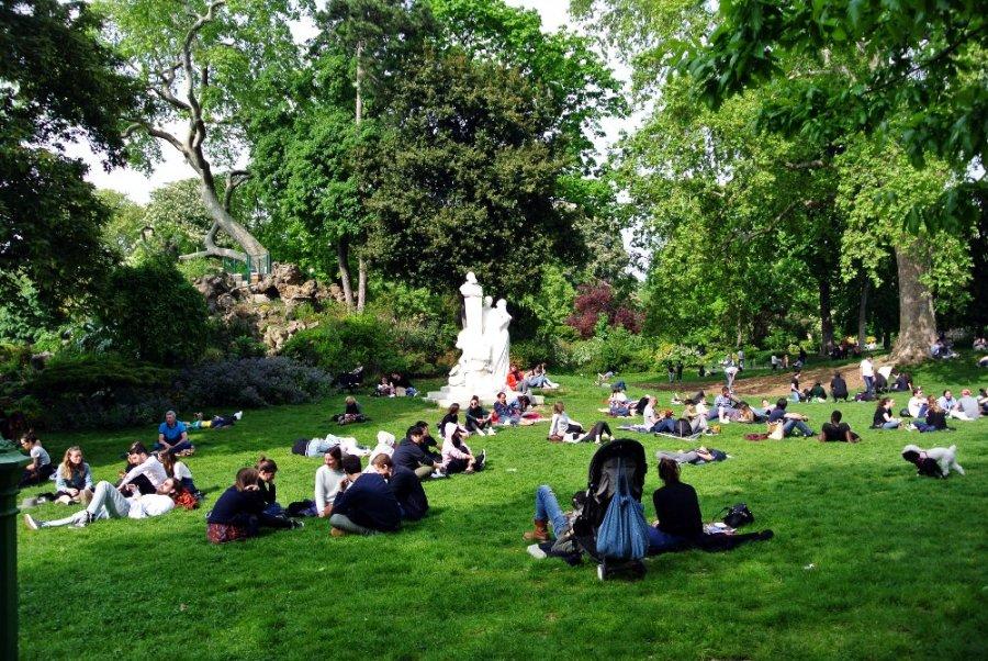 Parc Monceau: le printemps à Paris