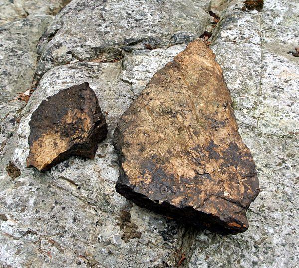 Fragment de meule du moulin à farine (envers)